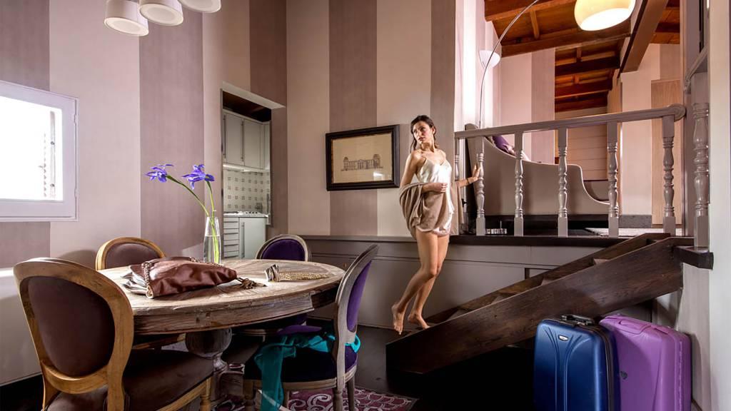 The-Inn-At-The-Spanish-Steps-honeymoon-suite-1