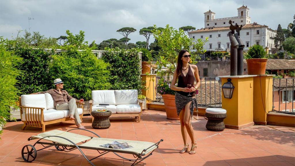 the-inn-at-the-spanish-steps-Honeymoon-Suit-terrace