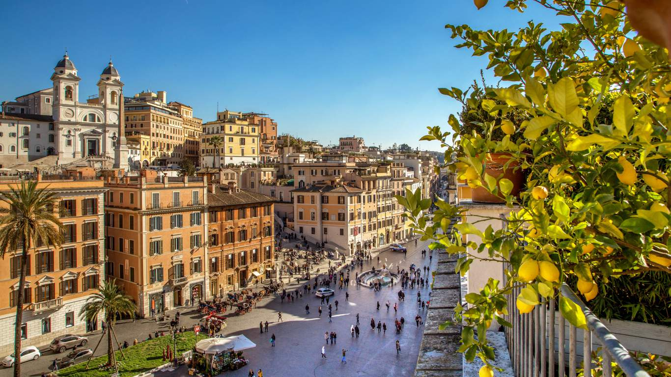 The-Inn-at-the-spanish-steps-Rome-senior-suite-view-17