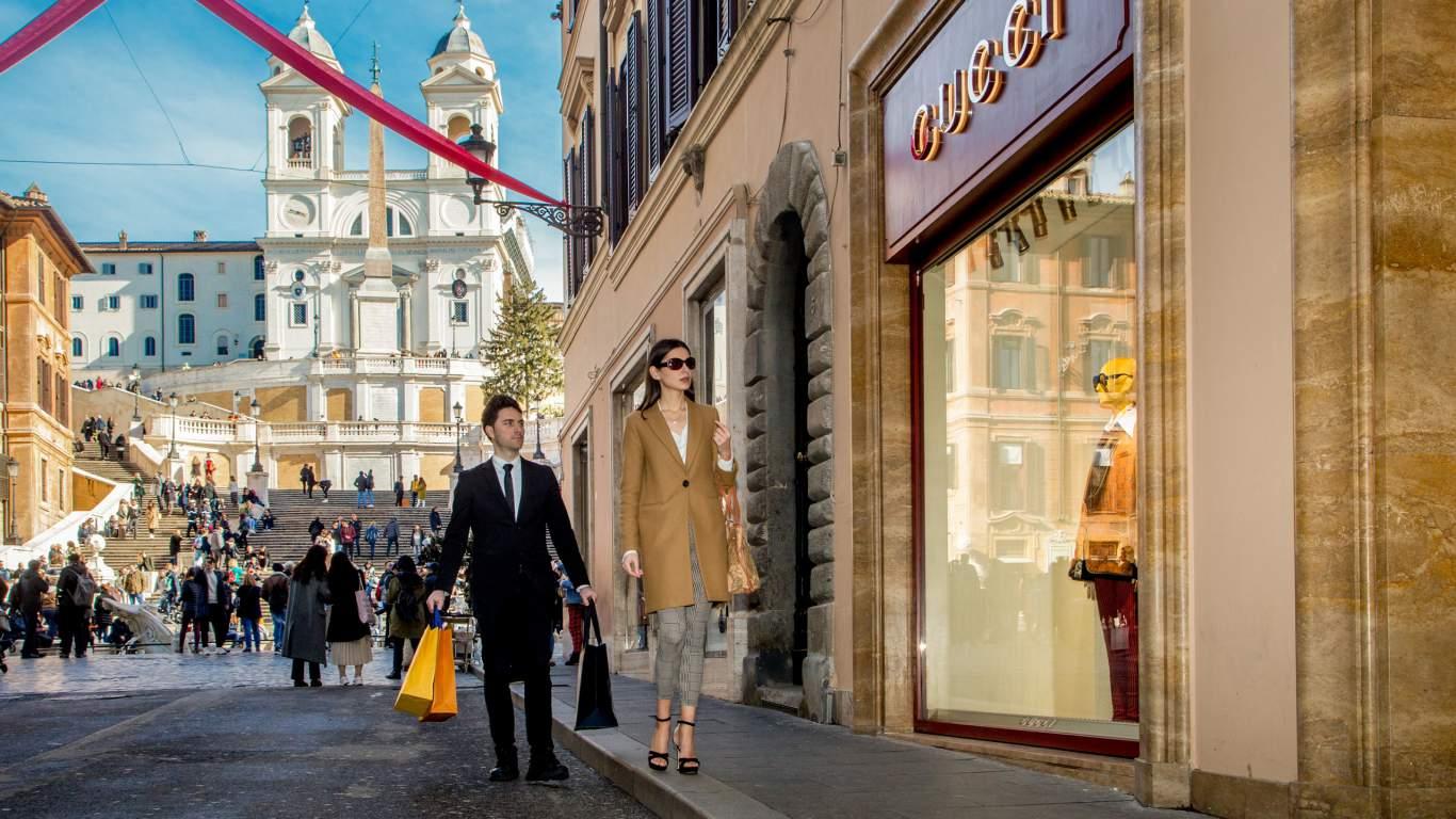 The-Inn-At-The-Spanish-Steps-Rome-shopping-via-condotti-IMG--9750-copia