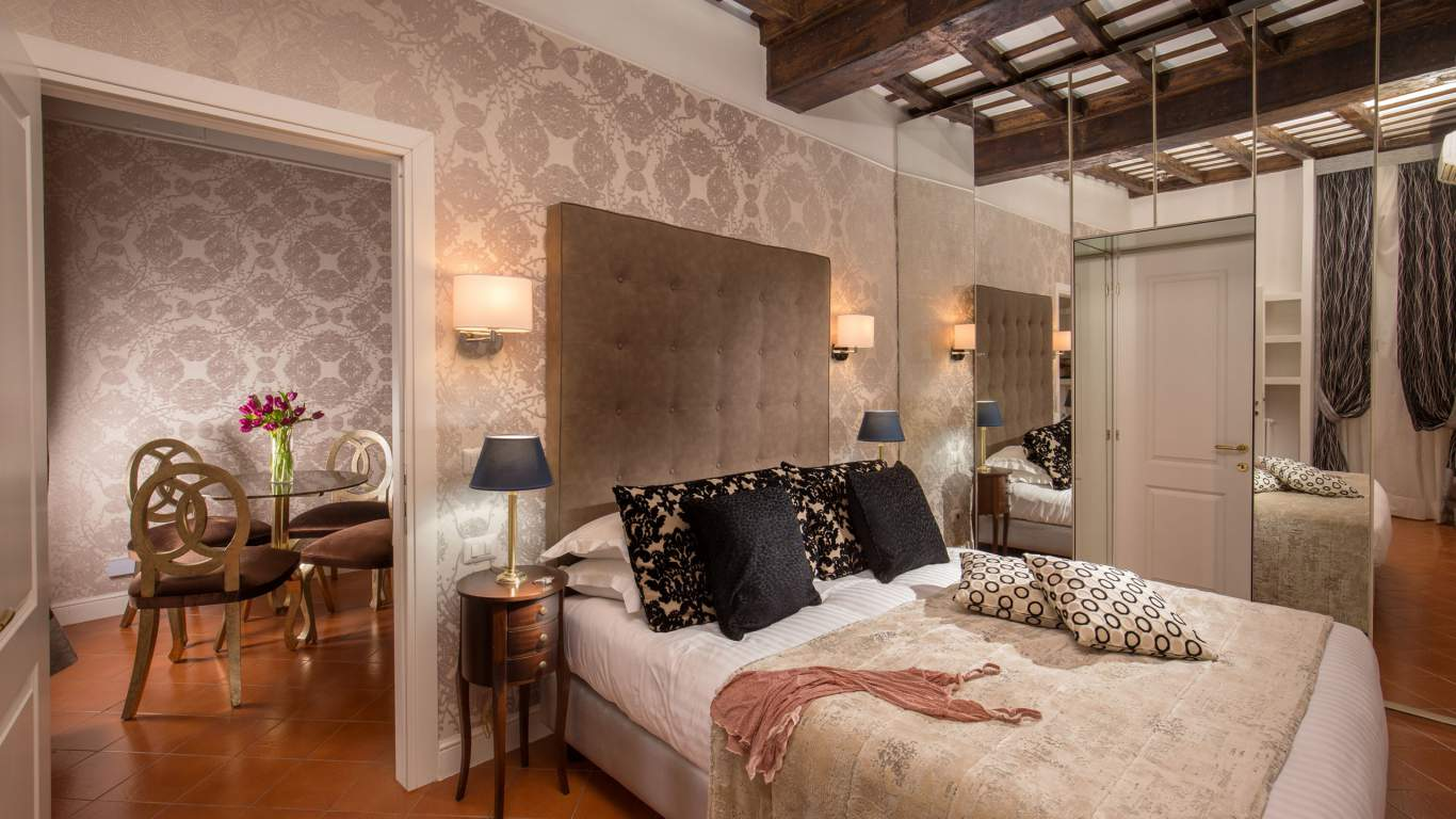 The-Inn-At-The-Spanish-Steps-Rome-apartment-suite-IMG-9760