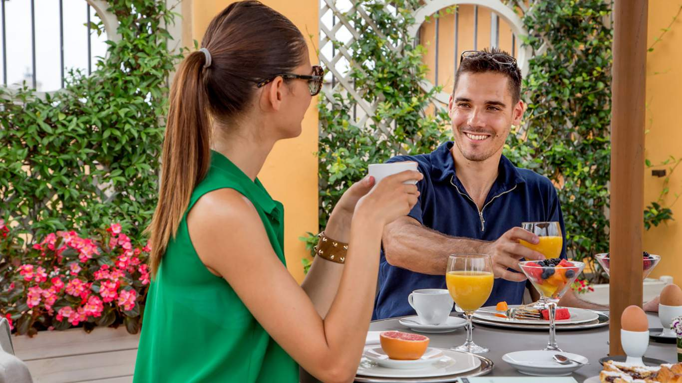 The-Inn-at-the-spanish-steps-Rome-panoramic-honeymnoon-suite-breakfast-IMG-5988