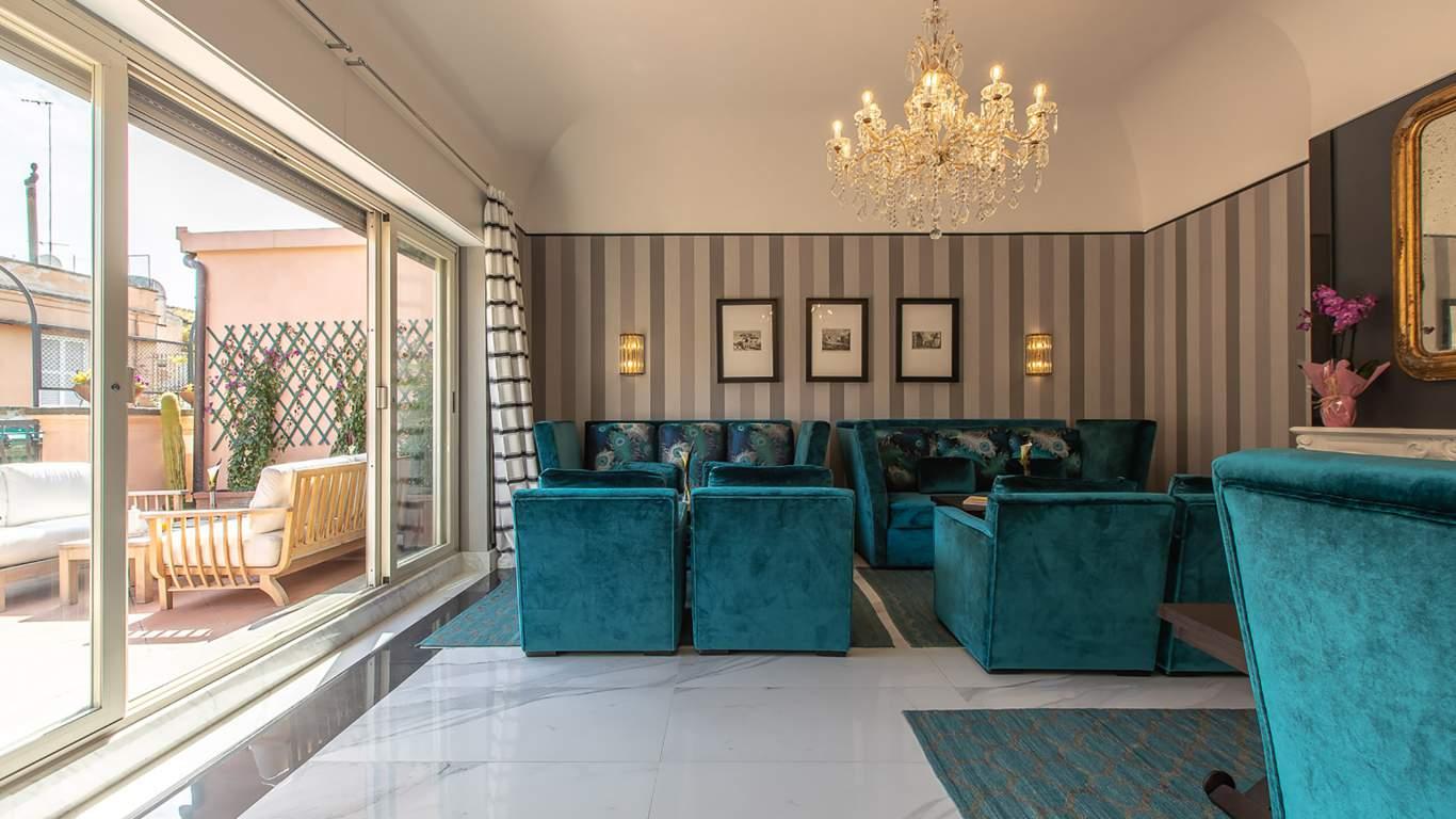 The-Inn-at-the-spanish-steps-Rome-Panoramic-Honeymoon-Suite-Apartment-13