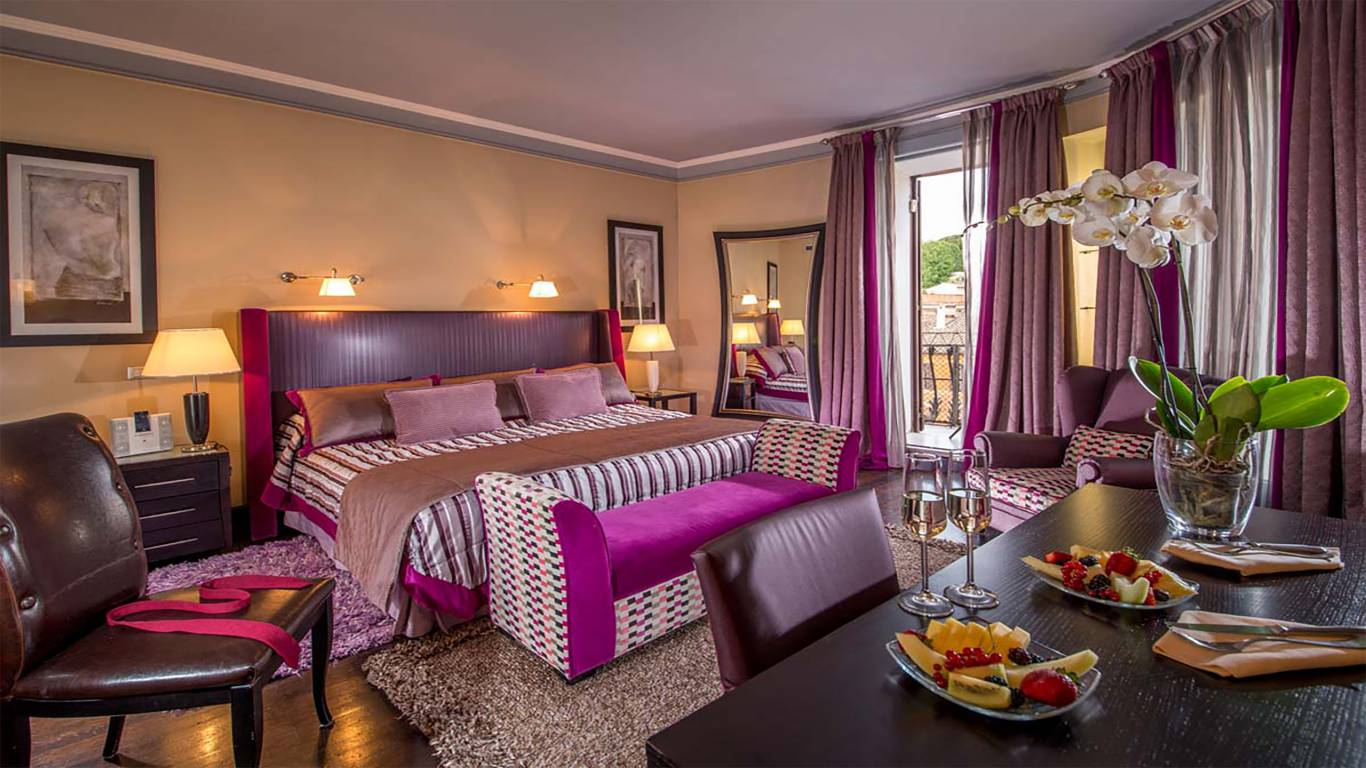 The-Inn-At-The-Spanish-Steps-SUITE