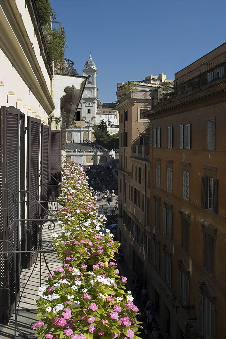 the-inn-at-the-spanish-steps-balcone-executive-verticale-4