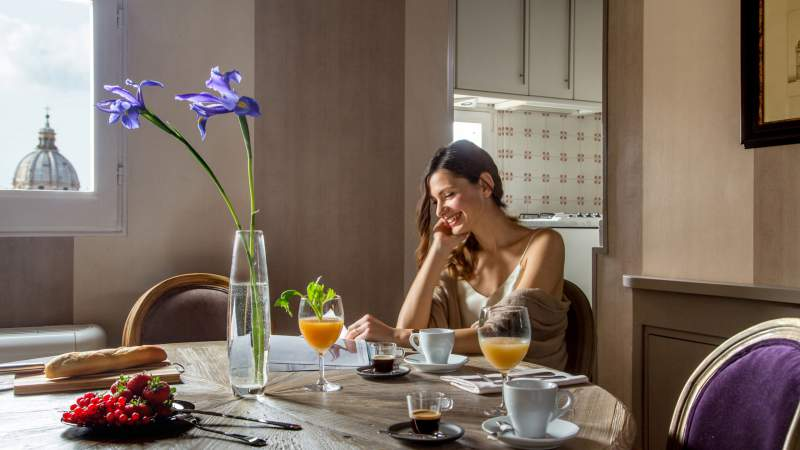 The-Inn-at-the-spanish-steps-Rome-panoramic-honeymnoon-suite-breakfast-IMG-8985